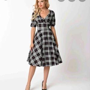 Unique vintage 1950s plaid Autumn pin-up dress